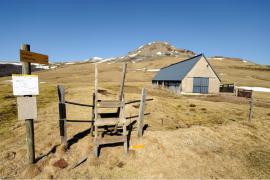 Col de la Geneste et Puy de Paillarel - © J. Witt / Coeurs de nature / SIPA