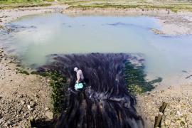 Pêche en limite de réserve - © F. Lepage / Coeurs de nature / SIPA