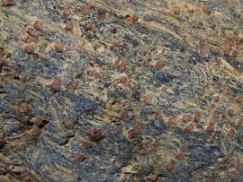 Grenats dans les schistes bleus - © R.-P. Bolan / Bretagne Vivante